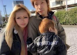 【DQN撃退】娘の参観日でDQN夫婦は子供を呼んで父親は廊下でスパスパ煙草をふかしてた