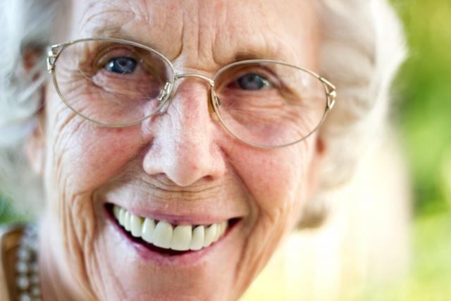 姑に最後の孝行と思い40万の入れ歯をつくってあげたが