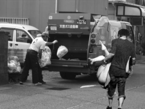 大規模災害時に避難所の物資管理を担当した言いたいことはひとつ 「衣類は個人から募るべきではない」