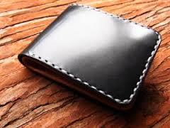 30万円入った財布を落とした。警察から「財布が届いてますよ」 の電話が入った。