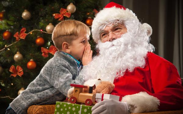 子供が生まれてから妻にクリスマスプレゼントを渡していなかったので枕元にもささやかなプレゼントを置いてみた